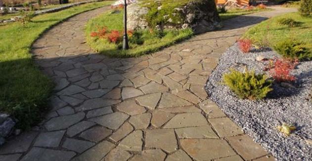 Садовые дорожки из камня пластушки: процесс укладки | HouseDB.ru