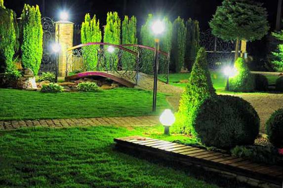 Освещение садовых дорожек